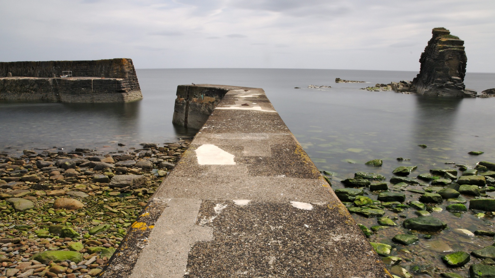 Latheronwheel's abandoned harbour near Dunbeath in Scotland, Europe